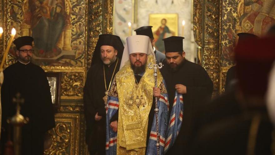 La Iglesia ucraniana se prepara para sellar su separación de Moscú