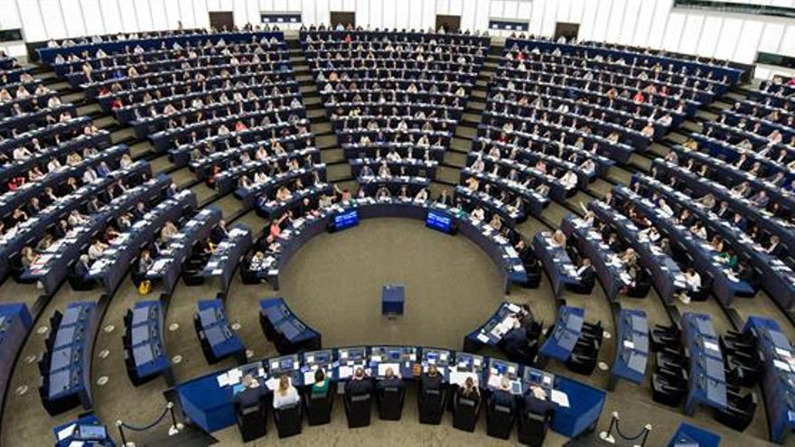 La Eurocámara avala el programa de wifi gratuito en los lugares públicos de la UE