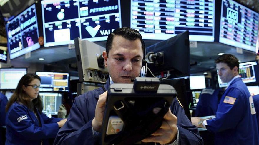 Wall Street abre al alza y el Dow Jones avanza un 0,06 por ciento