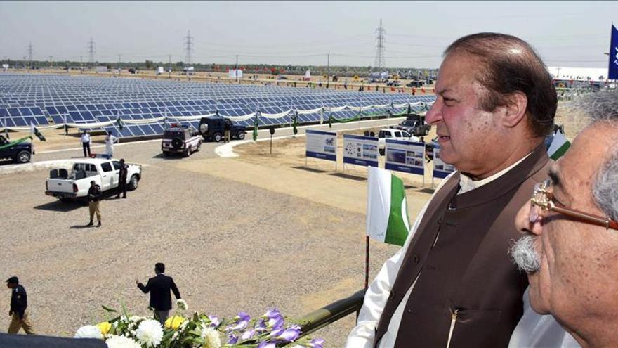El primer ministro de Pakistán respalda el proceso de paz afgano
