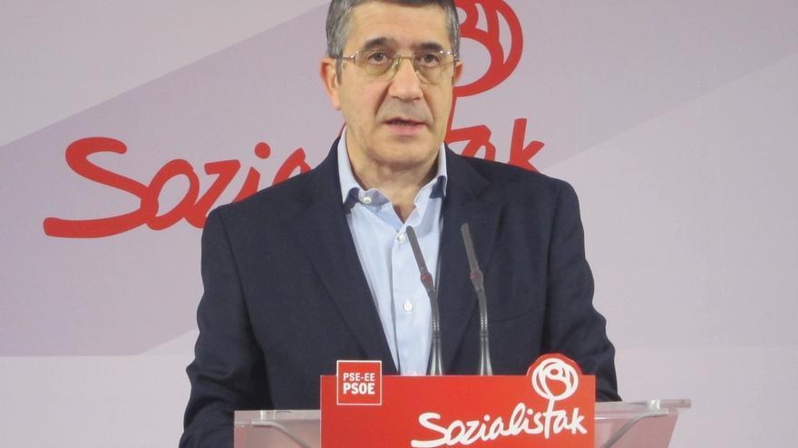 """Patxi López afirma que la papeleta del PSOE es la única que contiene el """"cambio profundo y radical"""" que necesita Madrid"""