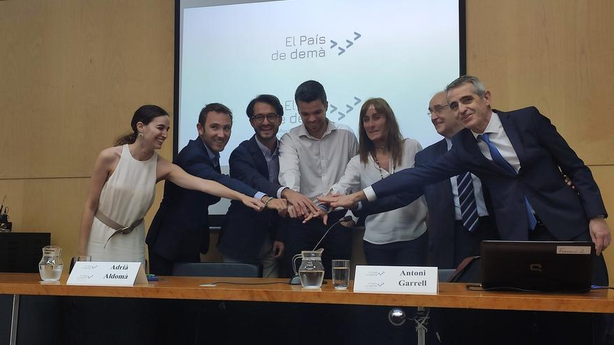 """Catalanistas críticos con la unilateralidad proponen un """"acuerdo de conveniencia"""" con el Estado"""