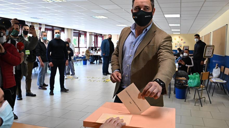 "Abascal dice que en Madrid se vota ""un cambio de ciclo para España"""