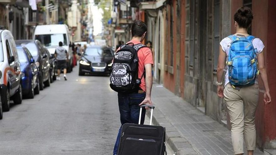 Los pisos turísticos suelen ofrecer precios más baratos, aunque los hoteles ofrecen más servicios