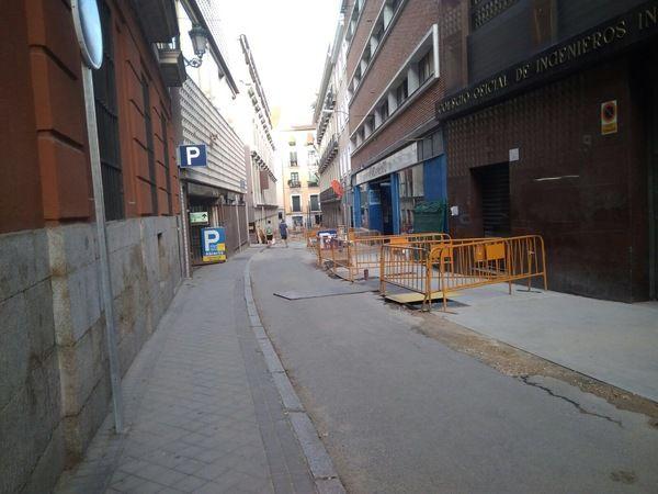 Obras de remodelación de la calle Farmacia | Fotografía: Somos Chueca