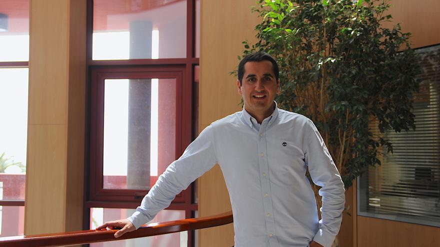 Borja Pérez, alcalde de Breña Baja.