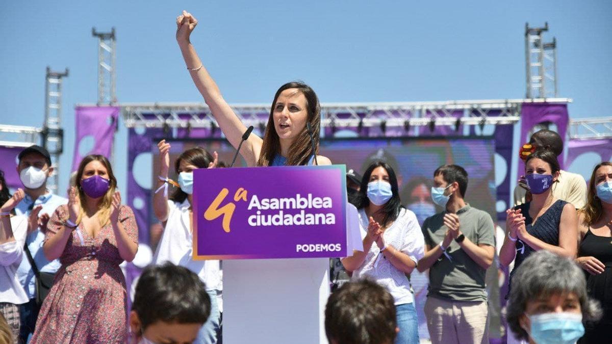 La nueva secretaria general de Podemos, Ione Belarra, tras ser proclamada en la IV Asamblea Ciudadana del partido celebrada en Alcorcón (Madrid)
