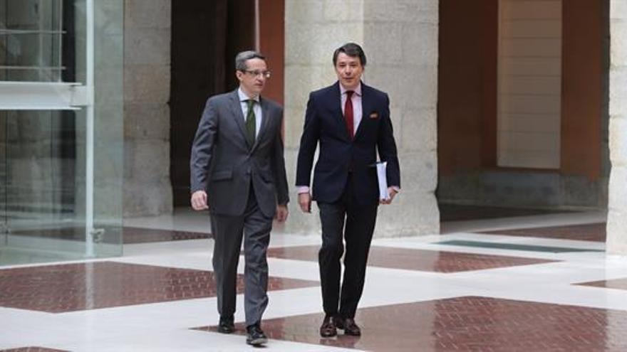 Ignacio González y Diego Lozano (i), en una imagen de archivo. EFE/Archivo
