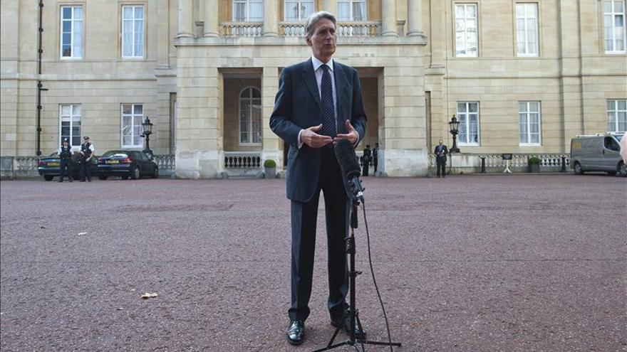 Británicos donan en dos días 5 millones de euros para luchar contra el ébola
