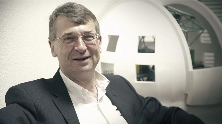 Roger Davies, presidente  la Sociedad Astronómica Europea (EAS en su siglas en inglés).