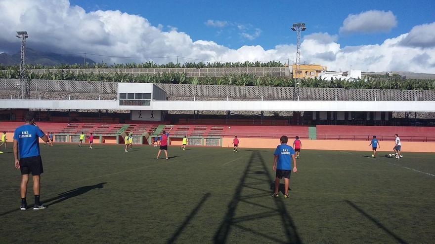 Campo de fútbol municipal de la Villa y Puerto de Tazacorte.