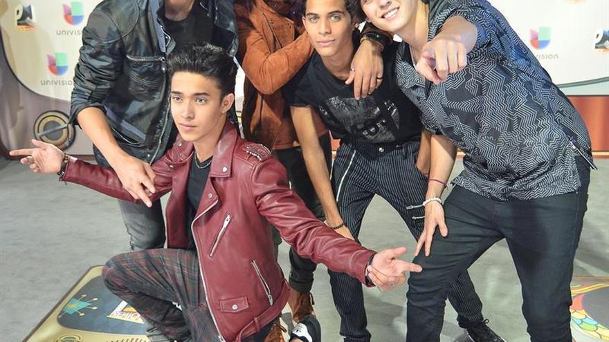 El grupo CNCO triunfa en los Premios Juventud y logra su primera gran noche