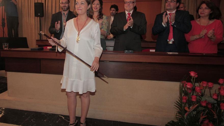 """Isabel Ambrosio se hace con el bastón de mando y anuncia que el dialogo será su """"seña de identidad"""""""