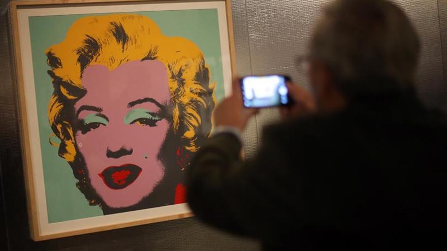 Caixafórum presentará exposiciones de Warhol, la Grecia clásica y Disney