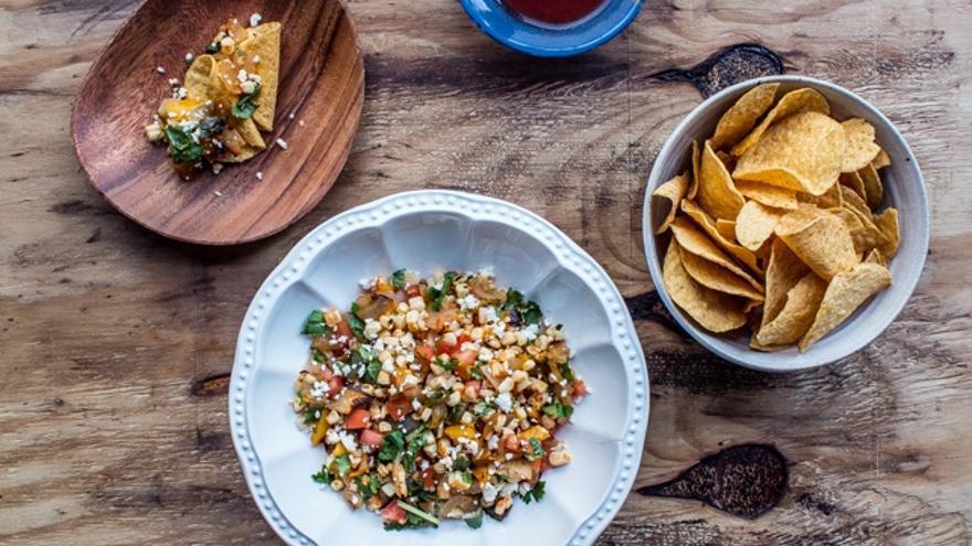 Diez ensaladas creativas para hacer alegres los menús del confinamiento