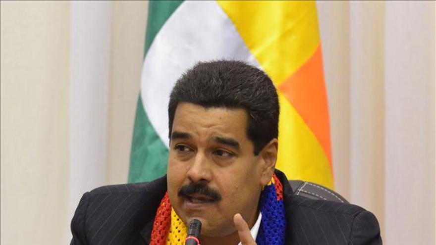 """Maduro dice que desde Bogotá dirigen """"una operación sicológica"""" contra el chavismo"""