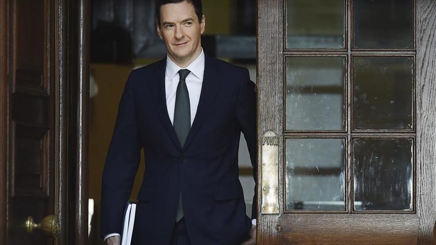 La economía británica crecerá un 2,4 % en 2015 y seguirá al alza hasta 2017