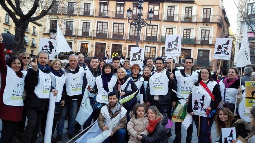 PACMA en la manifestación contra la Ley de Caza / Foto: PACMA
