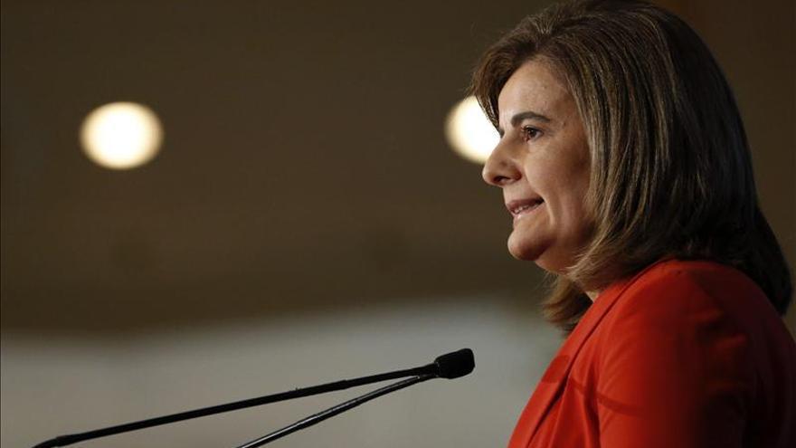 """Fátima Báñez dice que 31.663 jóvenes se han acogido a la """"tarifa plana"""" de emprendedores"""