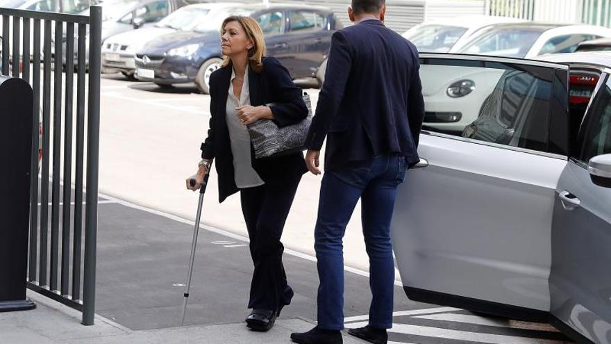 María Dolores de Cospedal, a su llegada al juicio en la Audiencia Nacional. EFE.