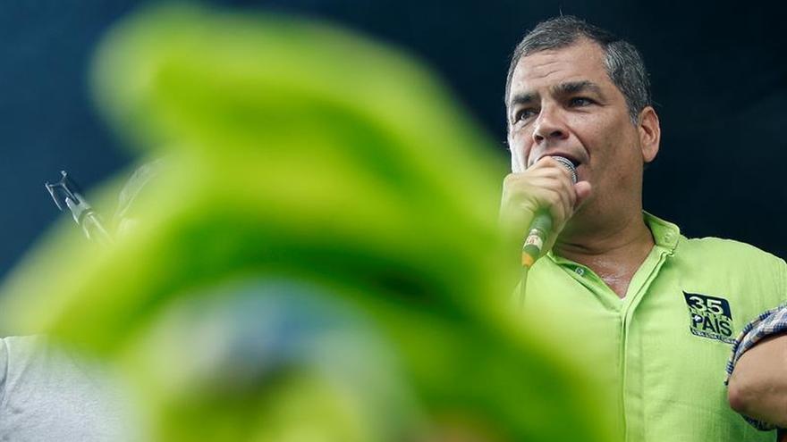 """Correa denuncia la """"alteración del orden constitucional"""" de Ecuador ante la OEA"""