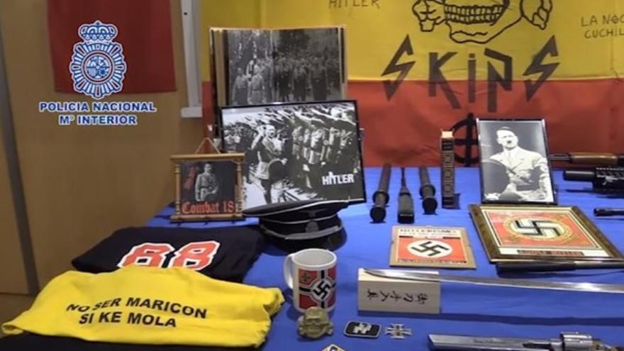 Armas requisadas al detenido de ideología nazi en Valencia.