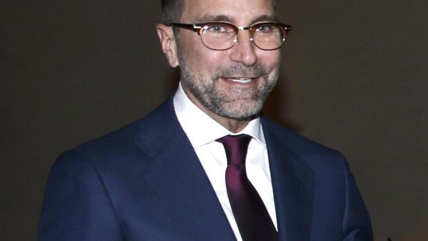El embajador estadounidense trabaja para lograr una visita de Obama a España
