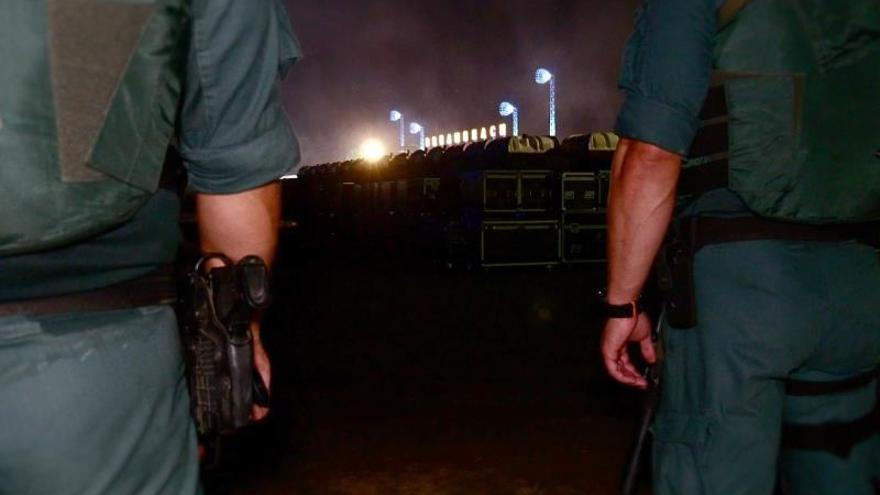 """De patrulla durante la noche grande de los """"soñadores"""" del Dreambeach"""