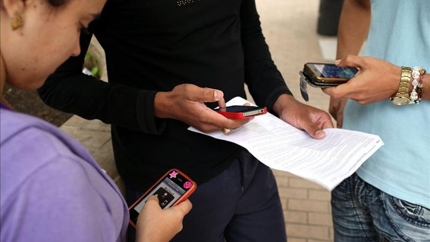 El Reino Unido analizará el efecto de los móviles en el cerebro de los niños