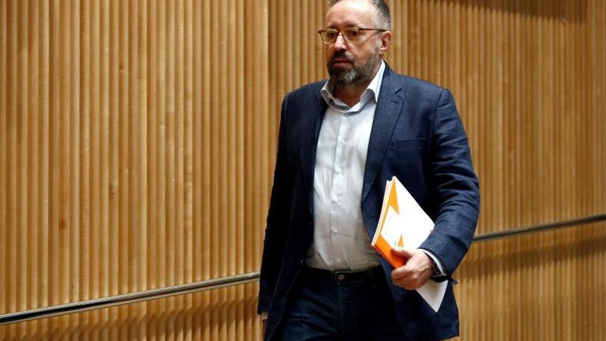 Cs pide que PP aclare si Rajoy estaba al tanto de la relación con Villarejo