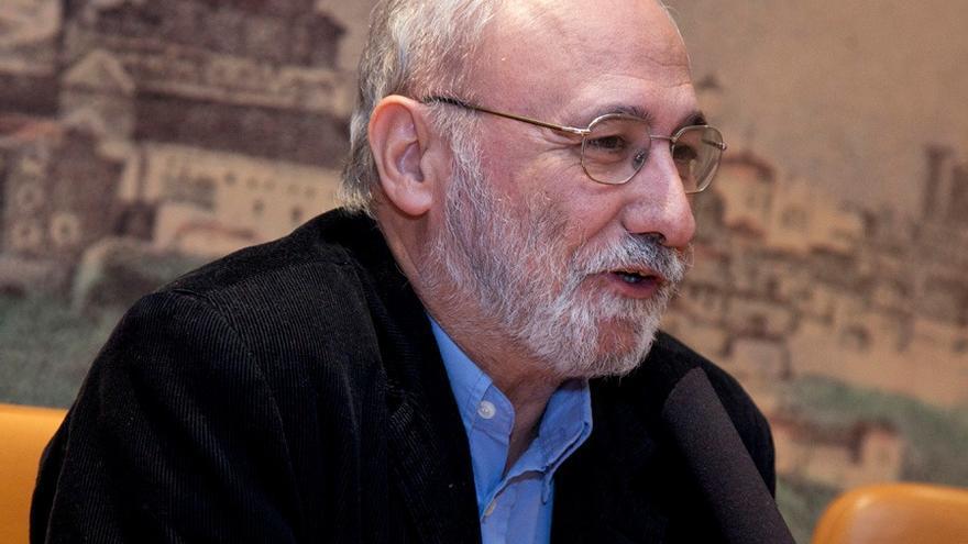 El director de la Biblioteca de Castilla-La Mancha, Juan Sánchez Sánchez