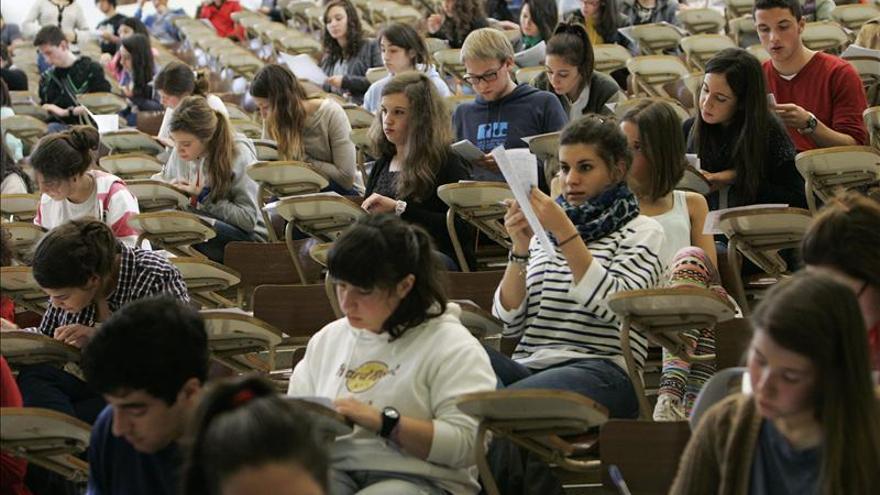 España, por encima de la media europea en el número de jóvenes universitarios