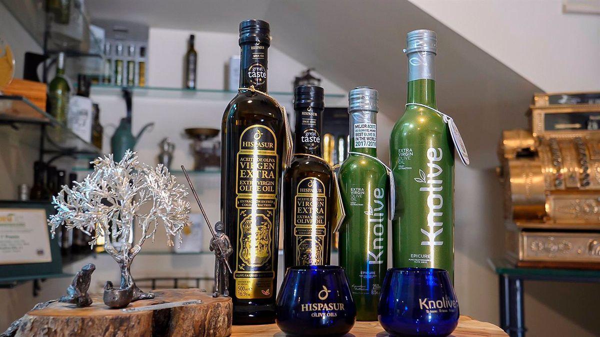 Extenda destaca el éxito de la cordobesa Knolive Oils, que vende sus aceites en 43 mercados.