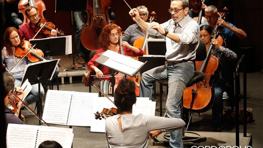 El director de Orquesta Leo Brouwer |ALEX GALLEGOS