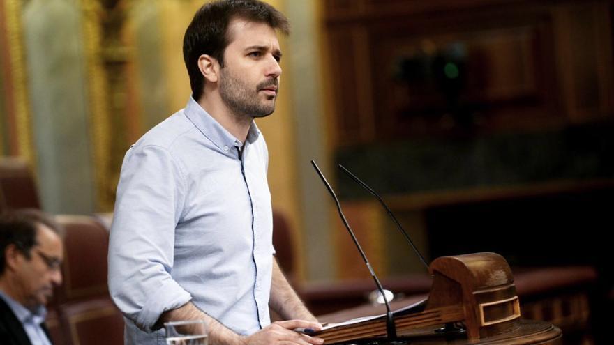 """Javier Sánchez (Podemos): """"El MIR educativo del PP es una manera de generar profesores low cost, mal pagados y más precarios"""""""