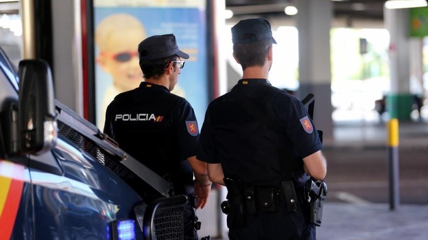 """Sindicatos de la Policía apelan desde Barcelona a Mossos y ciudadanos para """"restaurar la legalidad quebrada"""""""