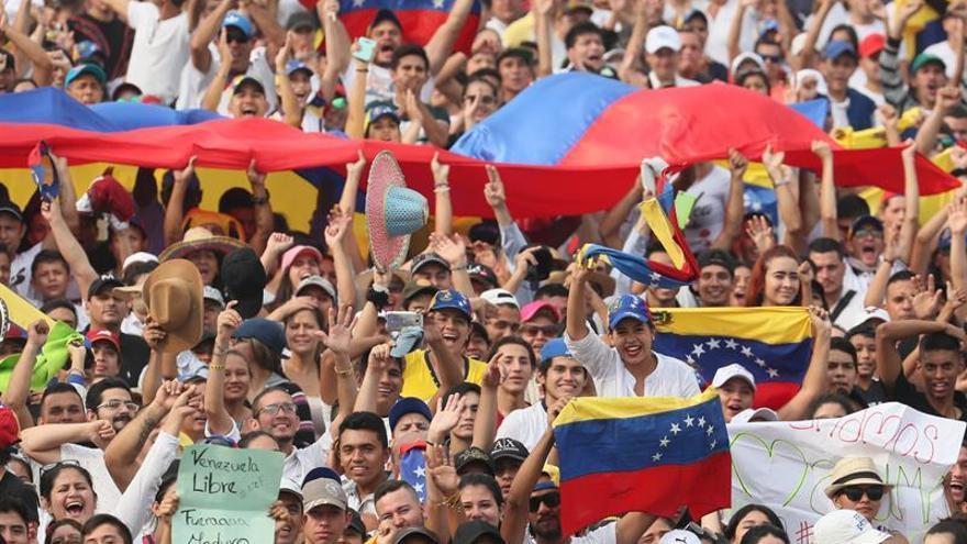 """Comienza en Cúcuta el multitudinario concierto """"Venezuela Aid Live"""""""