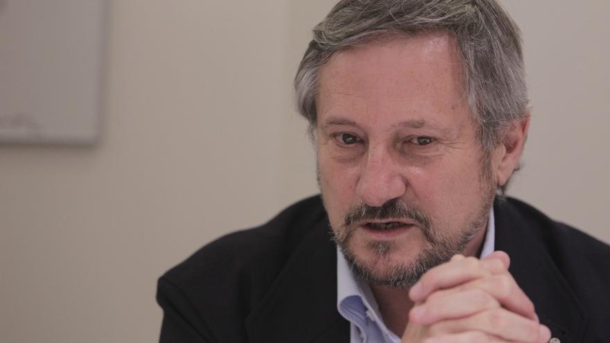 El exeurodiputado de IU Willy Meyer denuncia que Margallo le censuró en su libro de cartas por criticar a Marruecos