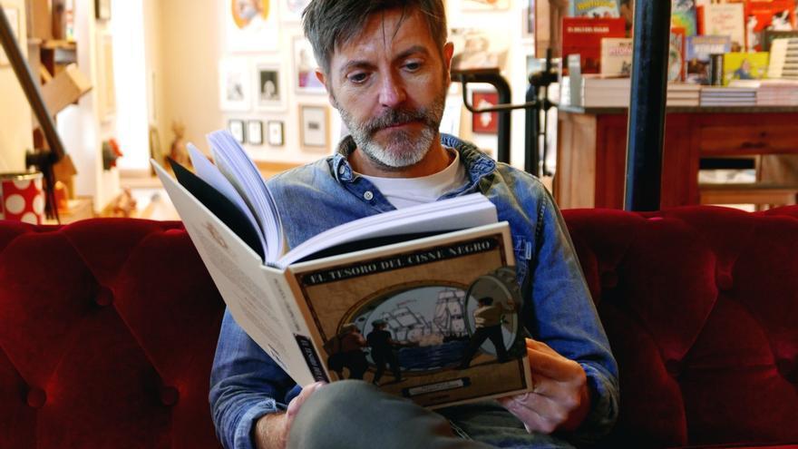Paco Roca en la librería Swinton & Grant.