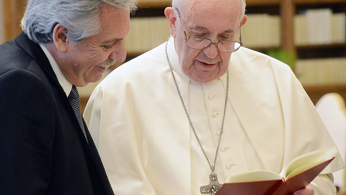 Fernández con Francisco en el Vaticano, un vinculo de afinidad que se pone a prueba.