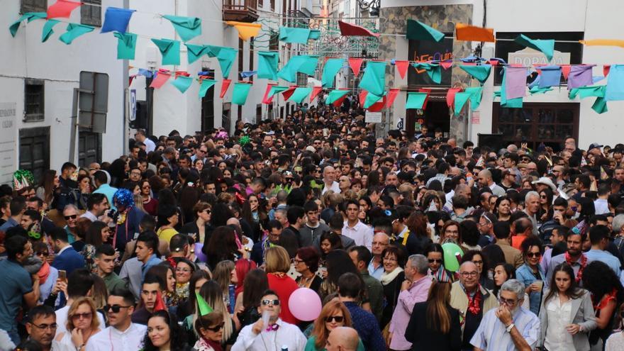 La celebración navideña congrega a numeroso público.