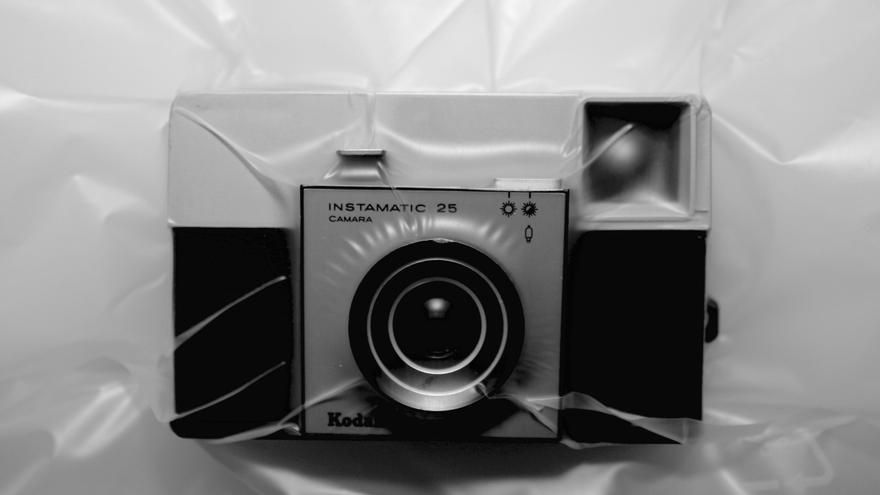 Uno de los objetos de la serie 'Asfixia' de Antonio Ferreira. / Foto: Entreacto