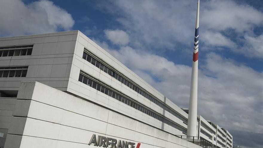 Los pilotos de Air France aprueban la creación de una filial de bajo costo