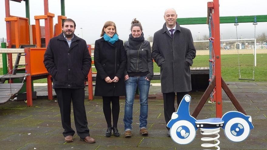 La caixa destina euros a renovar la zona de ocio for Caixa oficinas pamplona