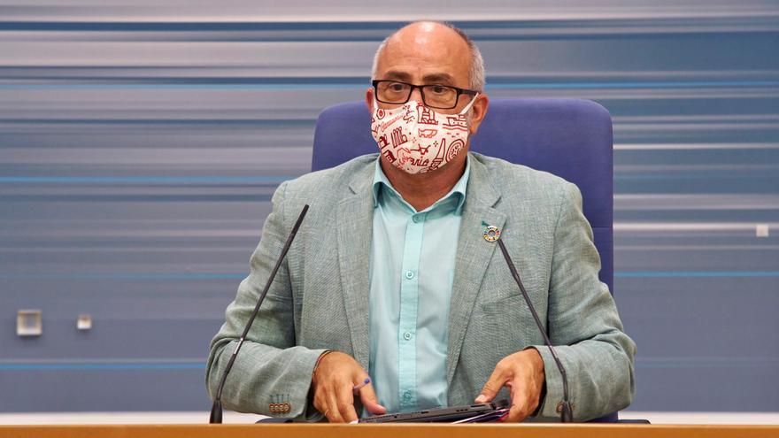 El consejero de Sanidad de Cantabria, Miguel Rodríguez. EFE/ Román G. Aguilera/Archivo