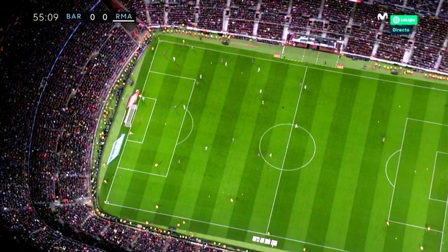 El realizador de Movistar+ evitó mostrar el lanzamiento de pelotas al Camp Nou
