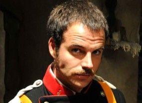 Carles Francino se une a la aventura de 'Águila Roja'