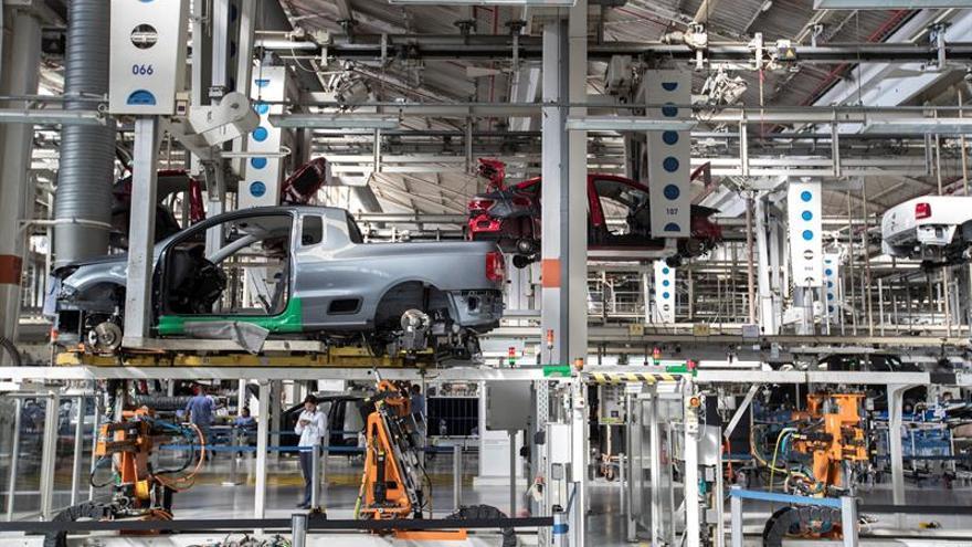 Los precios industriales caen en junio el 0,6 % y vuelven a tasas negativas