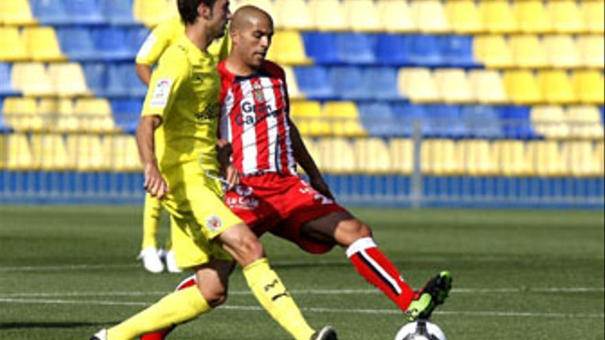 Pollo sólo ha disputado un partido (ante el Villarreal B) a lo largo de la temporada. (ACFI PRESS)