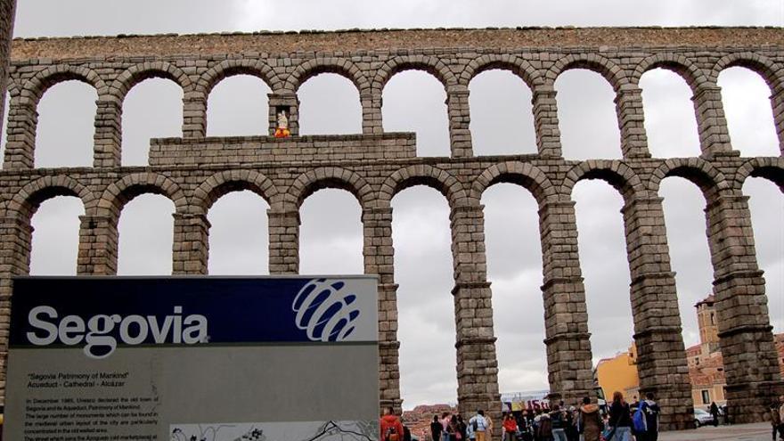 Nuevas restricciones al tráfico y a espectáculos cerca del Acueducto de Segovia